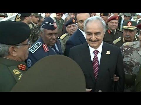 بالفيديو: القائد العسكري خليفة حفتر يعود إلى ليبيا  - نشر قبل 3 ساعة