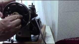 Как установить электропривод на швейную машинку.Видео №87.(Снимаю электропривод с Подольск 142 и устанавливаю на ручную Подолку.Что делать если крепление не подходит?П..., 2015-07-12T06:41:07.000Z)