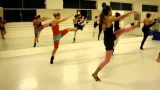 Escola de Dança Passos - Jazz.