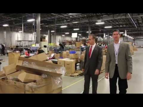 Mayor Hernandez and Congressman Diaz-Balart Visit Local Businesses