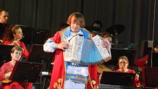 Гармонист Павел Уханов