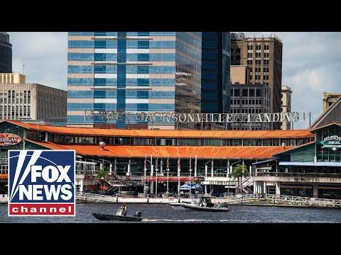 Witness describes scene of Jacksonville Landing shooting