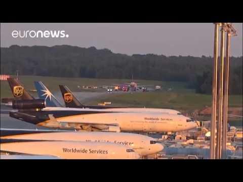 Dialoghi sospetti a bordo, aereo dirottato in Germania