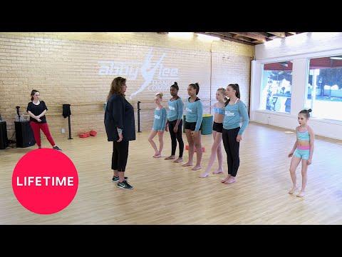 Dance Moms: Moms