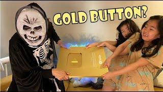 골드버튼을 노리는 해골유령 ☠ 유튜브 골드버튼을 지켜라! 해골유령 vs 아이들 l Skeleton ghost stealing YouTube gold button