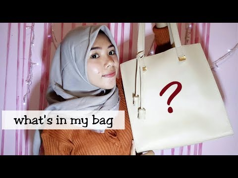 whats in my bag / what's in campus bag | bahasa indonesia ( fitra intan)