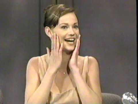 Samantha Mathis on Late  1996