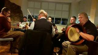 08- The Good House Traditional Irish Music session on 08/17/2018