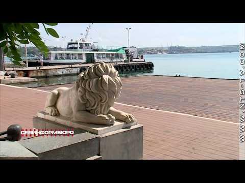 НТС Севастополь: На Графской пристани уложили новый деревянный настил