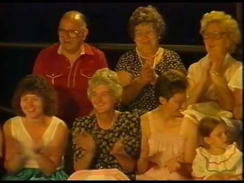 Côr Meibion Llanelli - Noson Lawen from Garnant 1989