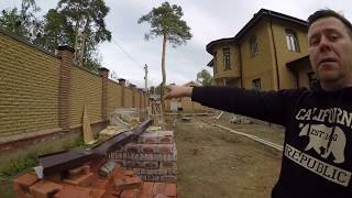 Отделка дома и забора кирпичом ФАГОТ, видео обзор видов кирпича +7(495)517-56-01