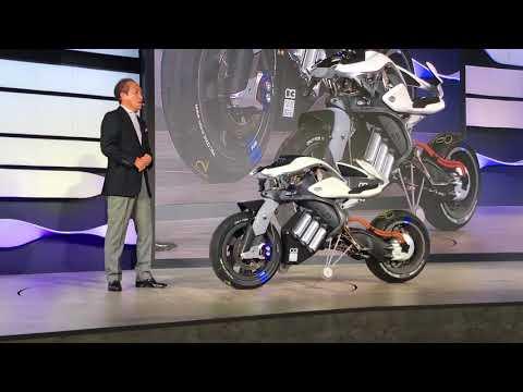Yamaha presentó una moto autónoma