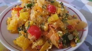 Приготовление очень вкусного и сочного овощного рагу из тыквы  с зеленью и яйцом.