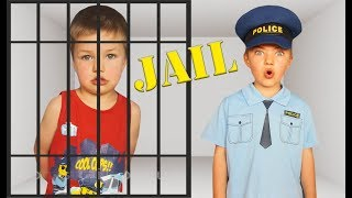Richard Play Police Car Locked Up in Jail Playhouse Toy