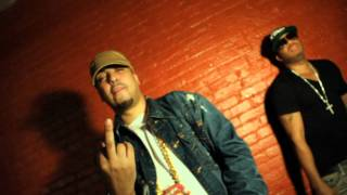 Video Red Cafe feat French Montana - Black Roses [Directed By: Mazi O.] download MP3, 3GP, MP4, WEBM, AVI, FLV September 2017