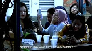 Download Ambyar Tak Ikhlasno Happy Asmara Live Akustik Cover By