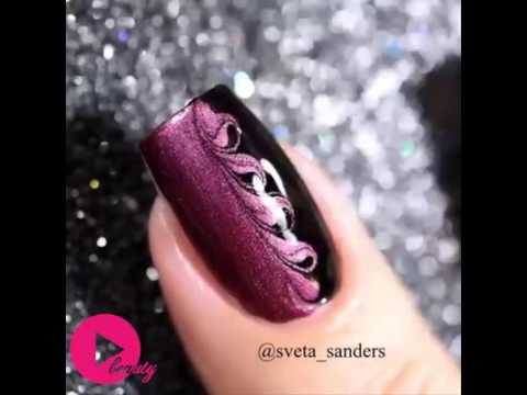 Floral and creative Model Nail polish design