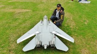 ③ LARGE SCALE RC FLYEAGLE SWINGWING GRUMMAN F14 TOMCAT TWIN TURBINES WESTON PARK MODEL SHOW - 2016(, 2016-06-30T17:28:44.000Z)