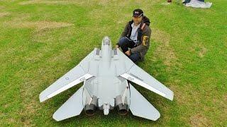 ③ LARGE SCALE RC FLYEAGLE SWINGWING GRUMMAN F14 TOMCAT TWIN TURBINES WESTON PARK MODEL SHOW - 2016(, 2016-06-30T17:28:44.000Z)