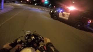Biker VS Cops Chase Motorcycle Running From The Police Bike Escapes Cop Road Block Via Sidewalk 2016