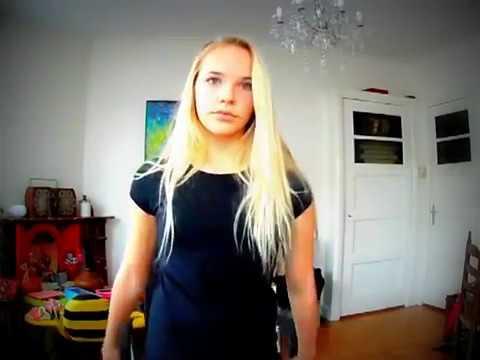 vriendin van gio( juultje tieleman )zingt voor camera the voice