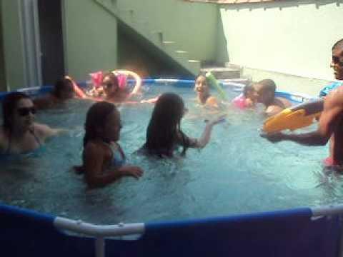 Correnteza em piscina de 9000 litros youtube for Piscina de 6000 litros
