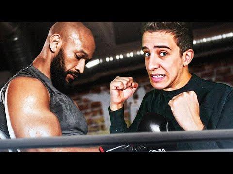 J'affronte (boxe) un professionnel de MMA!