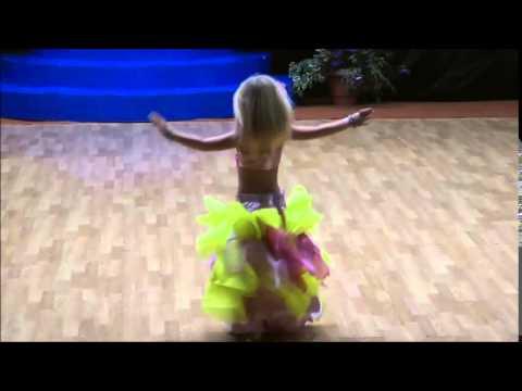 Ангелина галушкина восточный танец фото