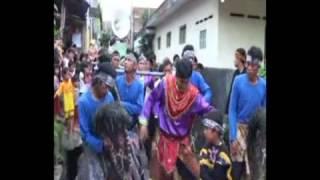 Download Video Minyak Wangi Kuda Renggong MP3 3GP MP4