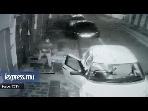Images CCTV: un individu s'introduit dans sa voiture pour l'agresser
