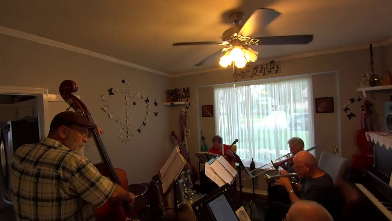 Dixie Too Dixieland Jazz Band