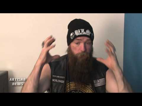 BRIAN JOHNSON AND AC/DC SPLIT - THE TRUTH; ZAKK WYLDE SHARES THOUGHTS