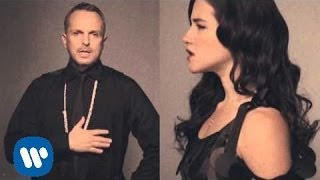 Miguel Bose — Aire Soy ft. Ximena Sarinana