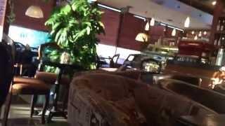 Утро в кафе Z M .