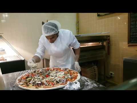 Largest organic pizza in Dubai