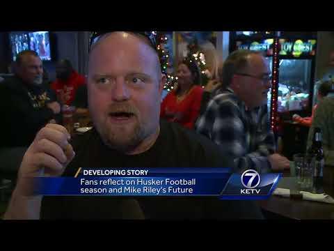 Fans reflect on Husker football season, Mike Riley's tenure