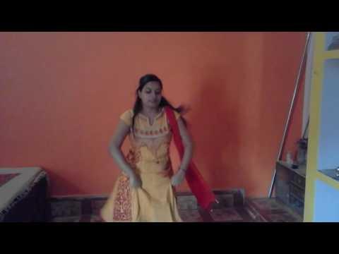 Dance on  Maiya yashoda song