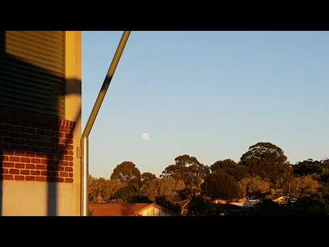 6:40am Moon With Approaching Sun Australia