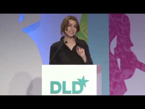 40 Rules of Love - A Storyteller's View (Elif Shafak & Maria Furtwängler-Burda) | DLDwomen 13
