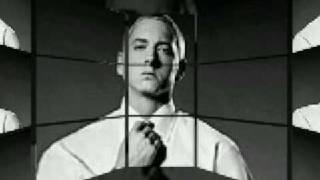 Eminem-Bully (Benzino & Ja Rule diss with Lyrics)