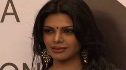 Kamasutra 3D - Sherlyn Chopra With 50 Nude Dancers ! [HD]