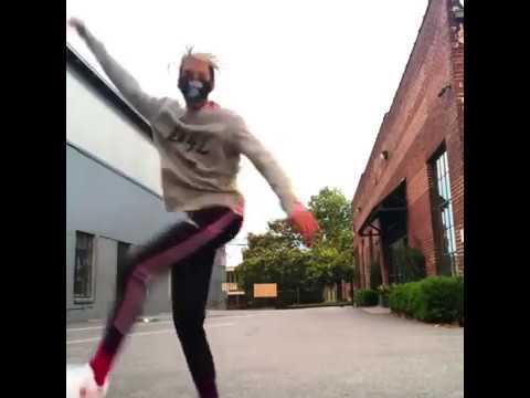 Ayo (Ogleloo) dancing to Post Malone-Psycho