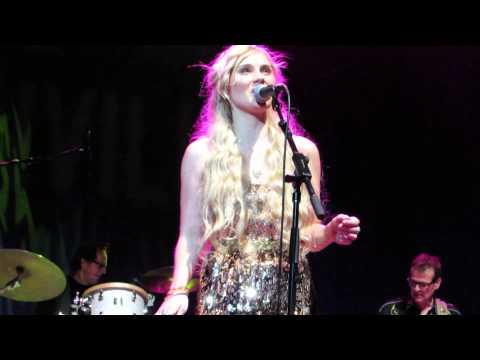 Clare Bowen performing