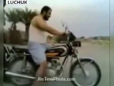 Video Lucu - Arab Gila Naik Motor