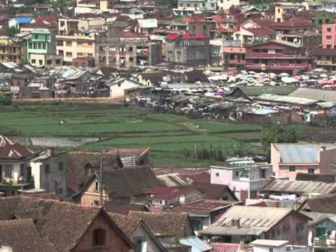 Crisis leaves Madagascan business struggling