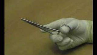 How to Hold Forceps