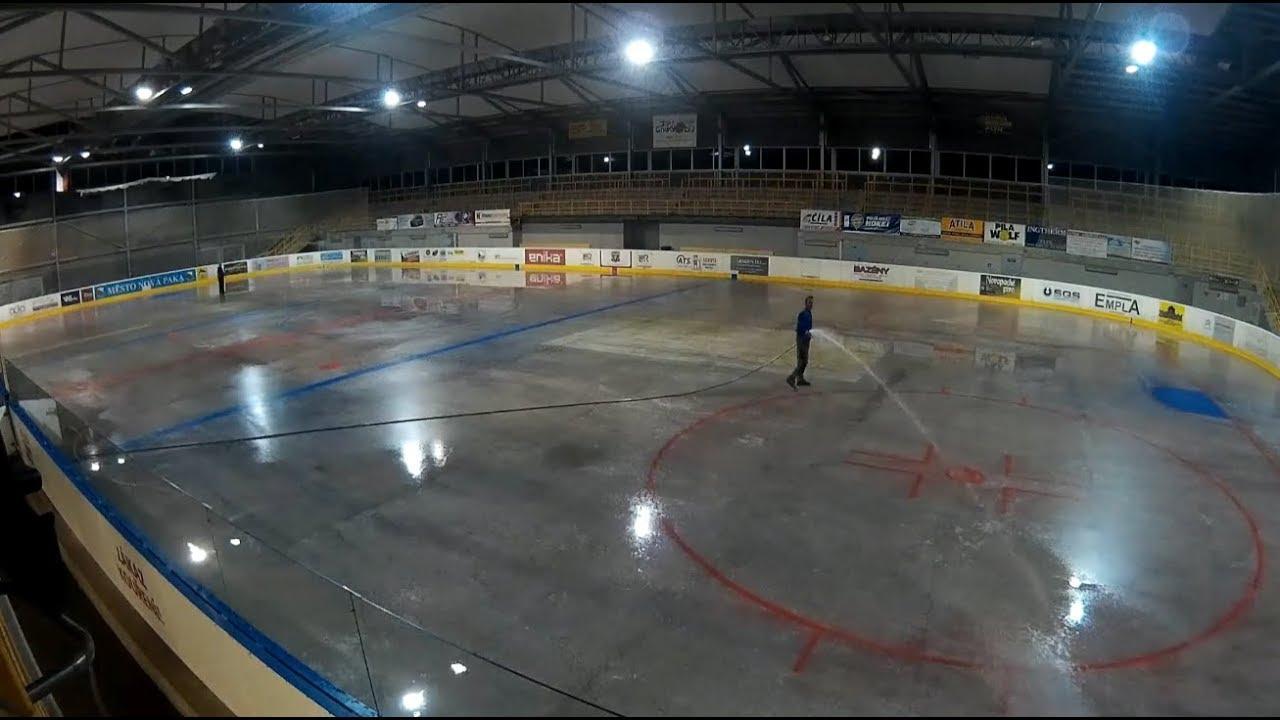 stříkací hokej