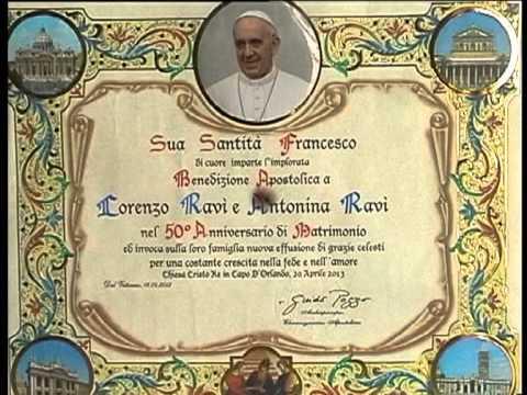 Anniversario Di Matrimonio Benedizione.Benedizione Del Papa Youtube
