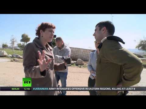NewsTeam: Crossing Israeli-Palestinian border (E17)
