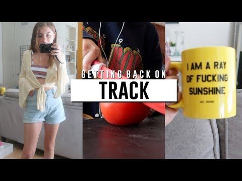 getting back on track in los angeles! how I clean my apartment! // Jill Cimorelli